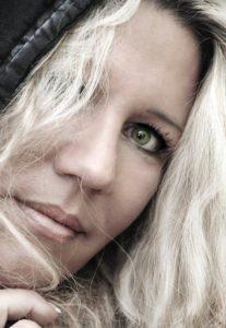 Stephanie Urbat-Jarren